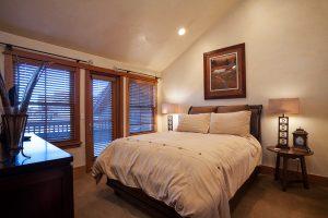 1291 Turning Leaf Bed Up2 Copy